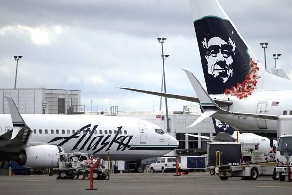 アラスカ航空が炎上、謝罪へ ゲイカップルに席の譲渡を強要か | 女性自身