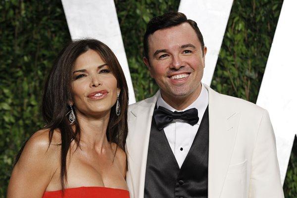 離婚したAmazonベゾスCEO、愛人との関係は絶好調 | 女性自身