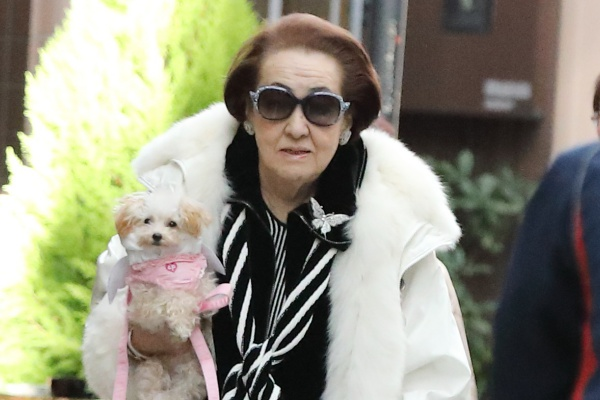 細木数子 表舞台から引退へ…動き出した後継者は美魔女ママ! | 女性自身