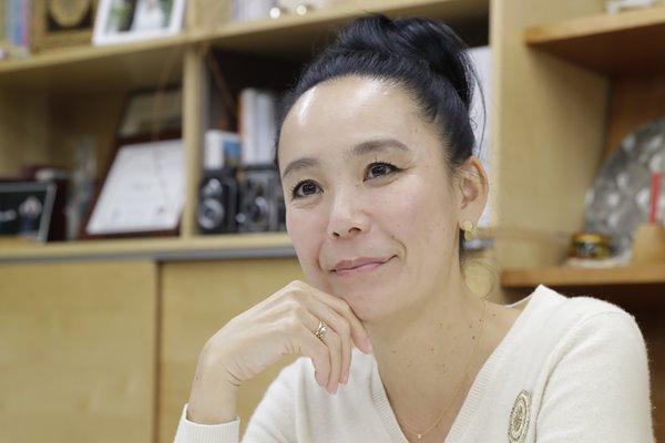 東京五輪・公式映画監督 河瀬直美を支える「家族のつながり」 | 女性自身