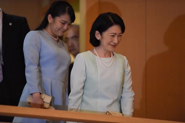 さま きこ なぜ秋篠宮家、紀子さまに批判が出るの?