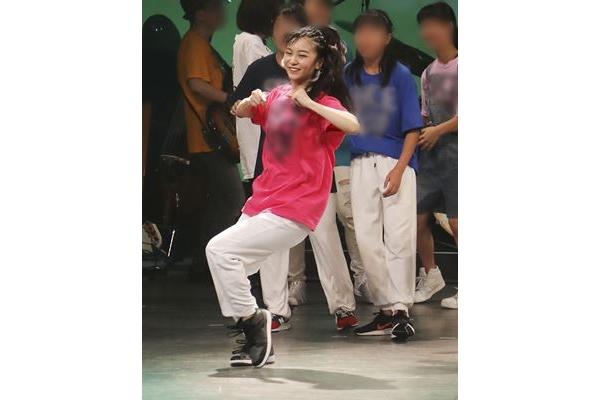 画像】佳子さま\u201cヘソ出し\u201dダンスが大盛況 ご公務にも相乗効果 (2