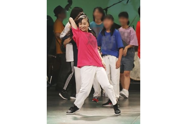 画像】佳子さま心酔するダンス講師\u201c高橋大輔似\u201dの個性派イケメン