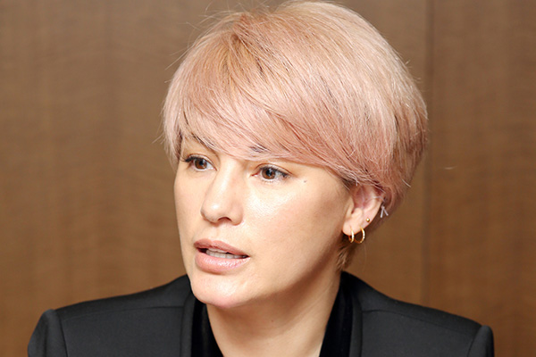 アンナ 髪型 梅宮