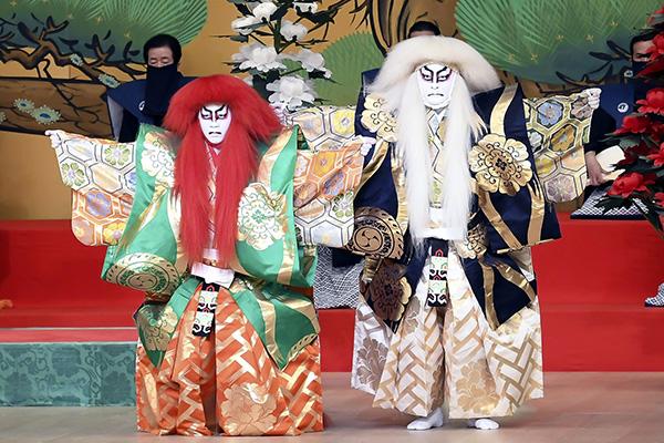 半沢直樹』だけじゃない!市川猿之助ら歌舞伎座で熱演中 | 女性自身