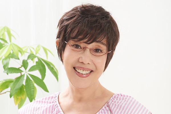 平野レミ 和田誠さんと死別から1年…「いまも毎朝お茶を」 | 女性自身